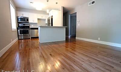 Living Room, 428 N 40th St, 1