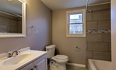 Bathroom, 1410 N 45th St, 2
