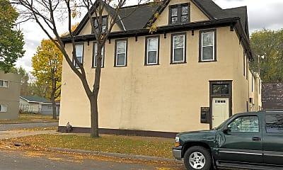 Building, 565 N Kent St, 2