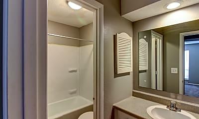 Bathroom, Coventry Park Apartments, 2