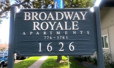 Broadway Royale, 1