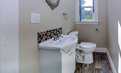 Bathroom, 1405 Lafayette Ave SE, 2