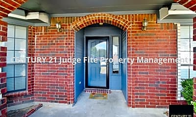 Building, 123 Boulder Creek Drive, 1