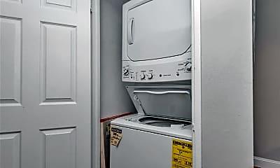 Bathroom, 7563 Buckingham Dr 2N, 2