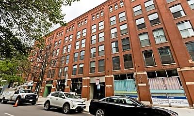 Building, 225 W Huron St, 0