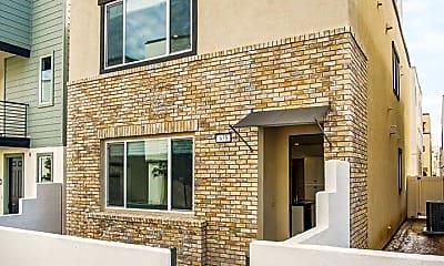 Building, 635 Daniel Freeman Cir, 0