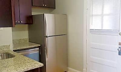 Kitchen, 3814 N Kedzie Ave, 1