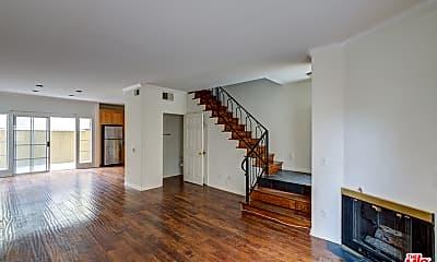 Living Room, 108 N Orlando Ave 4, 0