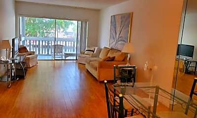 Living Room, 450 Paradise Isle Blvd 203, 0