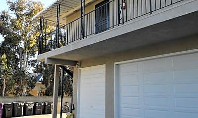 Building, 4224 E 14th St, 1