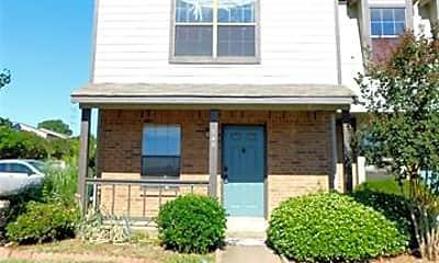 Building, 740 W Collins St, 1