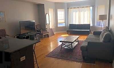 Living Room, 1462 E 69th St, 2