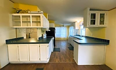 Kitchen, 1955 County Rd 313, 2
