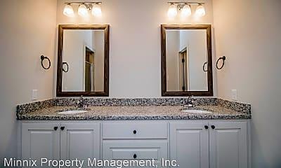 Bathroom, 1610 102nd St, 1