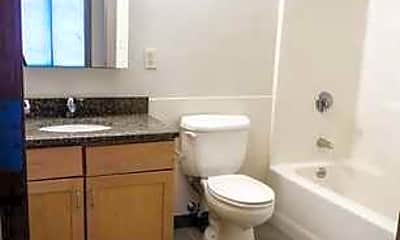 Bathroom, Kendall Crossing, 2