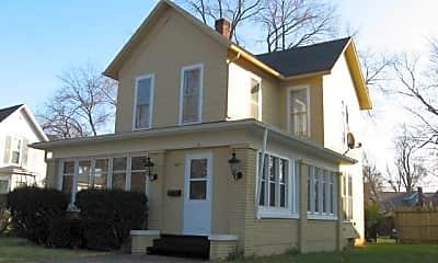 Building, 1021 E Jackson Blvd, 0