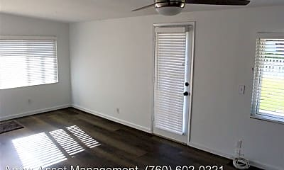 Bedroom, 548 Tamarack Ave, 1