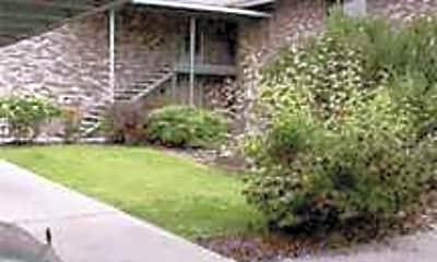 Pine Villa Apartments, 0