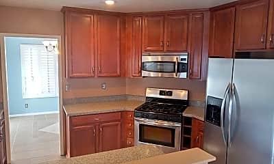 Kitchen, 39870 Avenida Miguel Oeste, 1