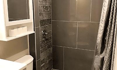 Bathroom, 613 S Patterson Park Ave, 2
