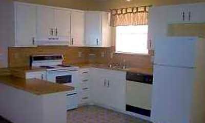 Plainview Apartments, 1