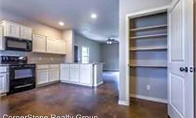 Living Room, 1717 Houston St, 2