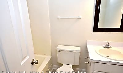 Bathroom, 907 S Hornbeam Dr, 2