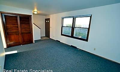 Bedroom, 609 - 667 Ridgeway Drive, 1