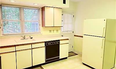 Kitchen, 45 Roe St, 2