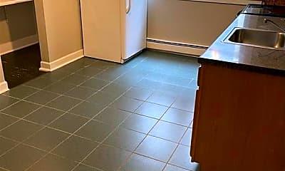 Kitchen, 76 Sterling St, 1