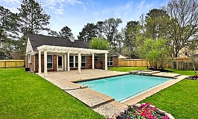 Pool, 39 E Stony Bridge Ct, 2