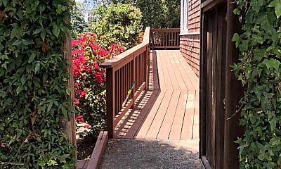 Patio / Deck, 2448 Prospect St, 0