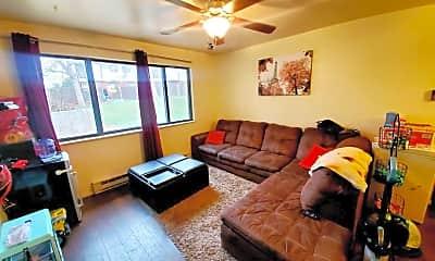 Living Room, 1734 Azalea Dr, 0