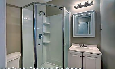 Bathroom, 1013 Seiler Ave, 2