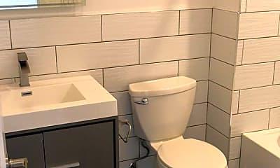 Bathroom, 1629 W Girard Ave, 2