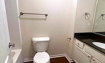 Bathroom, 74 Gloucester Dr, 2