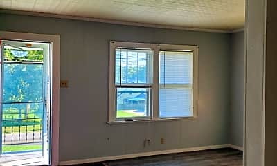 Living Room, 9812 E Kentucky Rd, 1