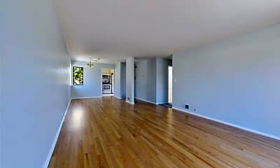 Living Room, 41 15th Ave, 1