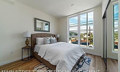 Bedroom, 5252 Willowcrest Ave, 1