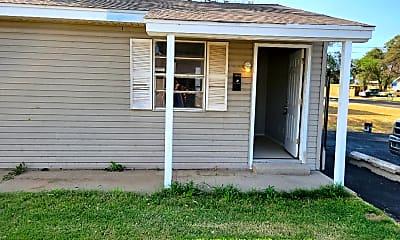 Building, 202 N Mississippi St, 0