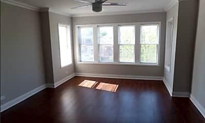 Living Room, 5052 W Wellington Ave Unit 2, 1