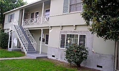 Building, 713 S Glenoaks Blvd, 0