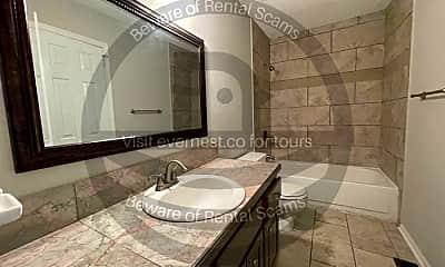 Bathroom, 5547 St James St, 2