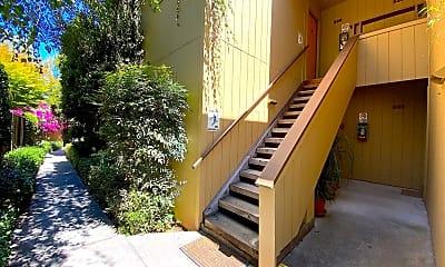 Patio / Deck, 539 Lytton Ave, 1