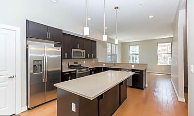 Kitchen, 1406 S 4th St, 1
