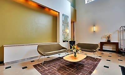 Living Room, 551 Observer Hwy 3M, 2