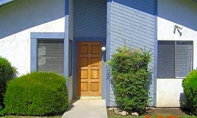 Building, 5909 Auburn Oaks Dr, 1