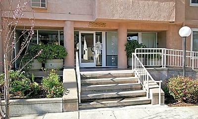 Bentley Place, 1