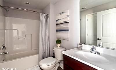 Bathroom, 200 5th Avenue, 2