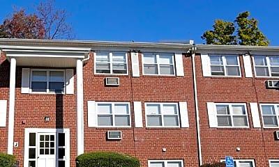 Building, Bellevue Court Apartments, 0